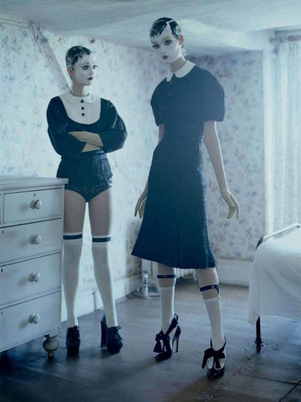 mechanical-dolls-tim-walker-vogue-italia-october2011-1-600x800