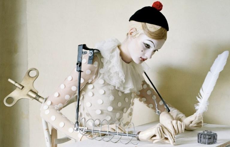 Tim-Walker-Mechanical-Dolls
